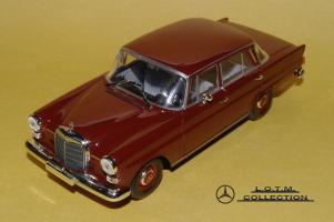 Прикрепленное изображение: 70. 1965 W110 200D (Minichamps) (1).JPG