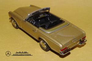 Прикрепленное изображение: 67. 1963 W113 230SL (Minichamps) (3).JPG