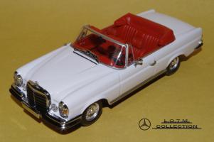 Прикрепленное изображение: 73. 1968 W111 280SE 3.5 Cabrio (Minichamps) (1).JPG