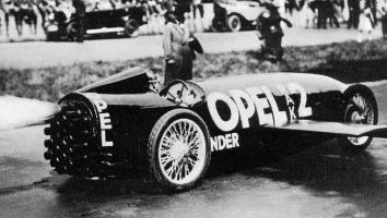 Прикрепленное изображение: Opel_RAK_2_1928_03.jpg