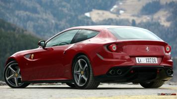 Прикрепленное изображение: Ferrari FF 26.jpg