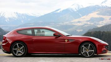 Прикрепленное изображение: Ferrari FF 24.jpg