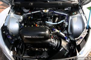 Прикрепленное изображение: skoda-fabia-s2000-italia-motorsport-4.jpg