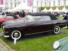 Прикрепленное изображение: 800px-BMW_502_Autenrieth_1960_seitlich.jpg