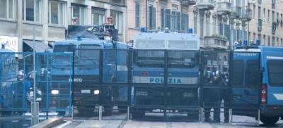 Прикрепленное изображение: Polizia-Milano.jpg