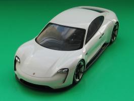Прикрепленное изображение: Porsche Mission E-01.jpg