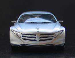 Прикрепленное изображение: Mercedes-Benz F 125!-03.jpg