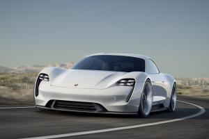 Прикрепленное изображение: Porsche Mission E-001.jpg