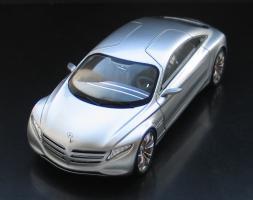 Прикрепленное изображение: Mercedes-Benz F 125!-01.jpg