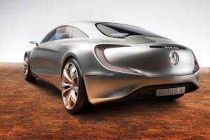 Прикрепленное изображение: Mercedes-Benz F 125!-002.jpg