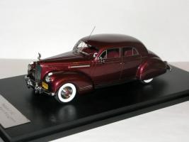 Прикрепленное изображение: Packard 180 LeBaron Sport Brougham 1941 Maroon - GLM-Models 003.JPG