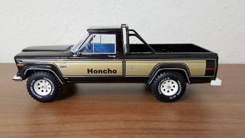 Прикрепленное изображение: Jeep Honcho 2.jpg