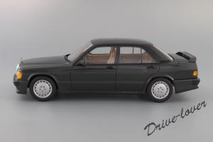 Прикрепленное изображение: Mercedes-Benz 190 E 2,3-16V Autoart for Mercedes-Benz B6 604 0578_03.JPG