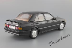 Прикрепленное изображение: Mercedes-Benz 190 E 2,3-16V Autoart for Mercedes-Benz B6 604 0578_07.JPG
