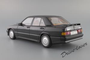 Прикрепленное изображение: Mercedes-Benz 190 E 2,3-16V Autoart for Mercedes-Benz B6 604 0578_08.JPG