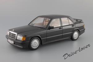 Прикрепленное изображение: Mercedes-Benz 190 E 2,3-16V Autoart for Mercedes-Benz B6 604 0578_01.JPG