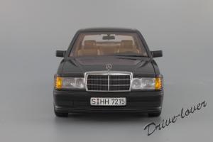 Прикрепленное изображение: Mercedes-Benz 190 E 2,3-16V Autoart for Mercedes-Benz B6 604 0578_05.JPG