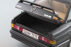 Прикрепленное изображение: Mercedes-Benz 190 E 2,3-16V Autoart for Mercedes-Benz B6 604 0578_10.JPG