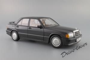 Прикрепленное изображение: Mercedes-Benz 190 E 2,3-16V Autoart for Mercedes-Benz B6 604 0578_02.JPG