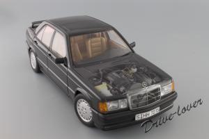 Прикрепленное изображение: Mercedes-Benz 190 E 2,3-16V Autoart for Mercedes-Benz B6 604 0578_13.JPG
