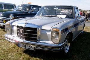 Прикрепленное изображение: Mercedes-Benz 220D Binz (W115) Pick Up - 1974.04.jpg