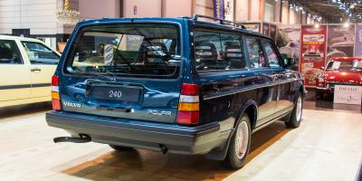 Прикрепленное изображение: Volvo 240GL Polar - 1988.03.jpg