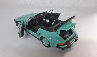 Прикрепленное изображение: diecast-porsche-911-930-turbo-cabrio-flatnose-revell.jpg
