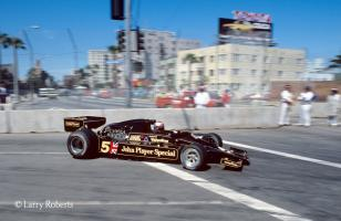 Прикрепленное изображение: Mario-andretti-Lotus-1978-us-west-grand-prix-long-beach.jpg