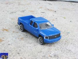 Прикрепленное изображение: Chevrolet Silverado_0-0.jpg