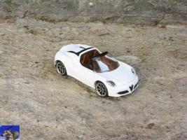 Прикрепленное изображение: Alfa Romeo 4C Spider_0-0.jpg