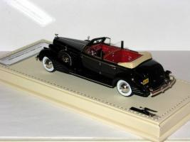 Прикрепленное изображение: Cadillac V16 004.JPG