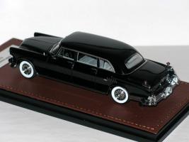 Прикрепленное изображение: Imperial Le Baron C70 Limousine 1956 004.JPG