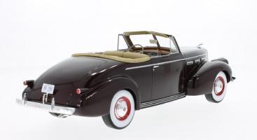 Прикрепленное изображение: 1940 LaSalle Series 50 convertible 3.jpg