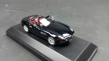 Прикрепленное изображение: BMW Z8 (2).jpg