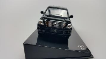 Прикрепленное изображение: Lexus 1 (1).jpg