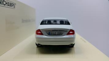 Прикрепленное изображение: Mercedes CLS - 1 (6).jpg