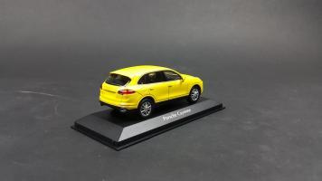 Прикрепленное изображение: Porsche Cayenne 2014 (6).jpg