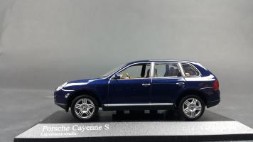 Прикрепленное изображение: Porsche Cayenne 2002 (5).jpg