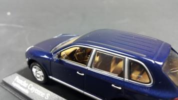 Прикрепленное изображение: Porsche Cayenne 2002 (10).jpg