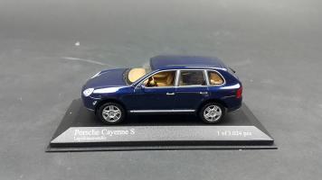 Прикрепленное изображение: Porsche Cayenne 2002 (4).jpg