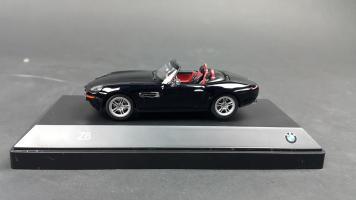 Прикрепленное изображение: BMW Z8 (5).jpg