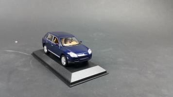 Прикрепленное изображение: Porsche Cayenne 2002 (1).jpg