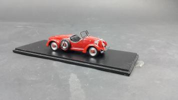 Прикрепленное изображение: Mercedes 150H Sportroadster (4).jpg