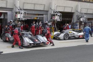 Прикрепленное изображение: audi_motorsport-110425-098812.jpg