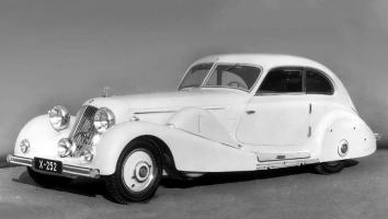 Прикрепленное изображение: Mercedes-Benz 500K Special Streamline Car Tan Tjoan Keng 1935.jpg