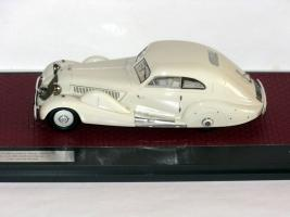 Прикрепленное изображение: Mercedes-Benz 500K Special Streamline Car Tan Tjoan Keng 1935 002.JPG