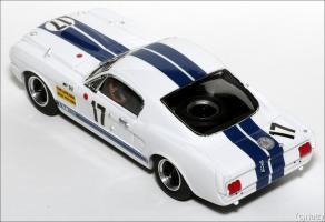 Прикрепленное изображение: 1967 Ford Mustang Shelby LM 1967 - JPS - KP348 - 4_small.jpg