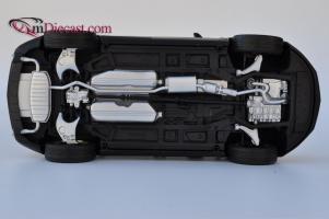 Прикрепленное изображение: Cadillac-SRX-Kyosho16.jpg
