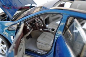 Прикрепленное изображение: Cadillac-SRX-Kyosho8.jpg