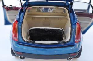Прикрепленное изображение: Cadillac-SRX-Kyosho10.jpg